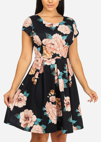Gilli Brand Short Sleeve Round Neckline Knee Length Fit And Flare Floral Print Navy Dress