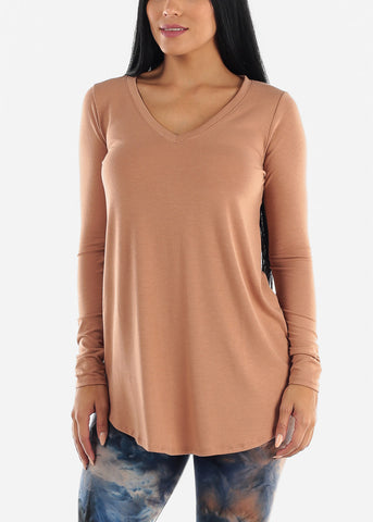Image of Egg Shell V-Neck Round Hem Tunic Top