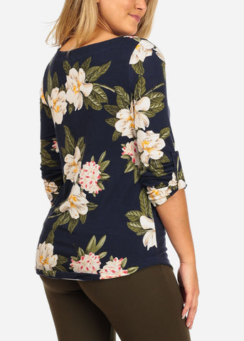 Image of Women's Junior Stylish Going Out Casual 3/4 Sleeve Navy Floral Print Top