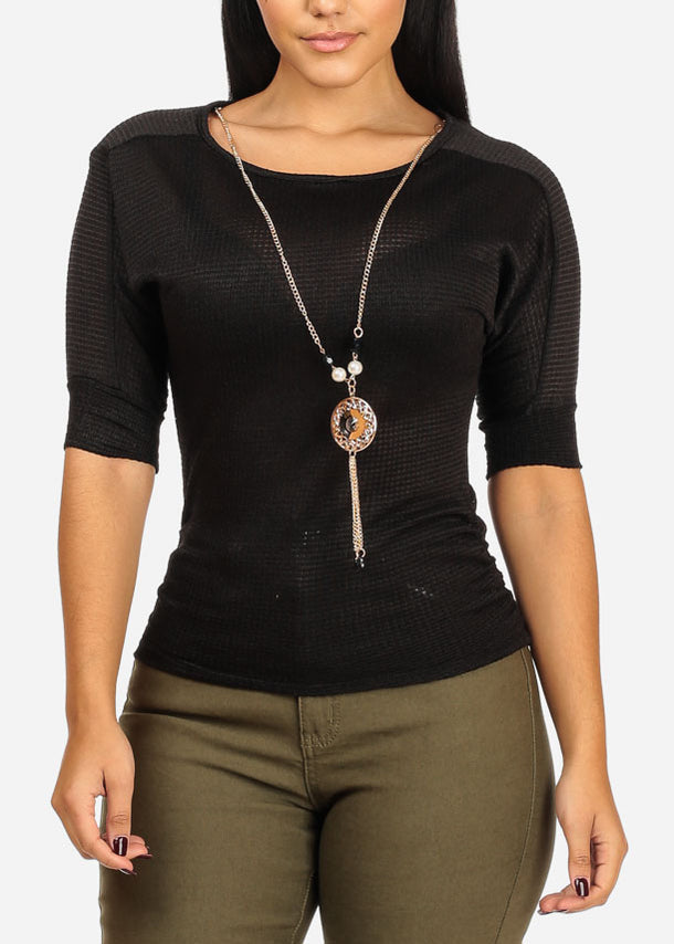 Knitted Black Top W Necklace