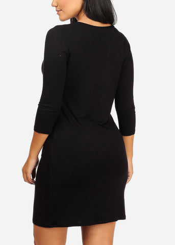 V-Neckline Black Dress W Pockets