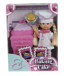 EVI LOVE - BAKING CAKE