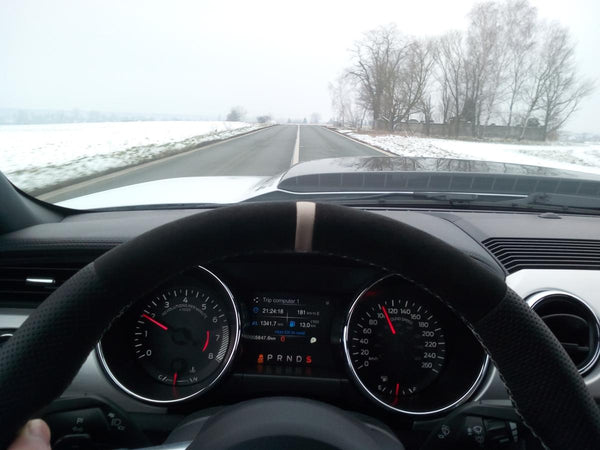 Auto IN Czech winter GT350 wheel