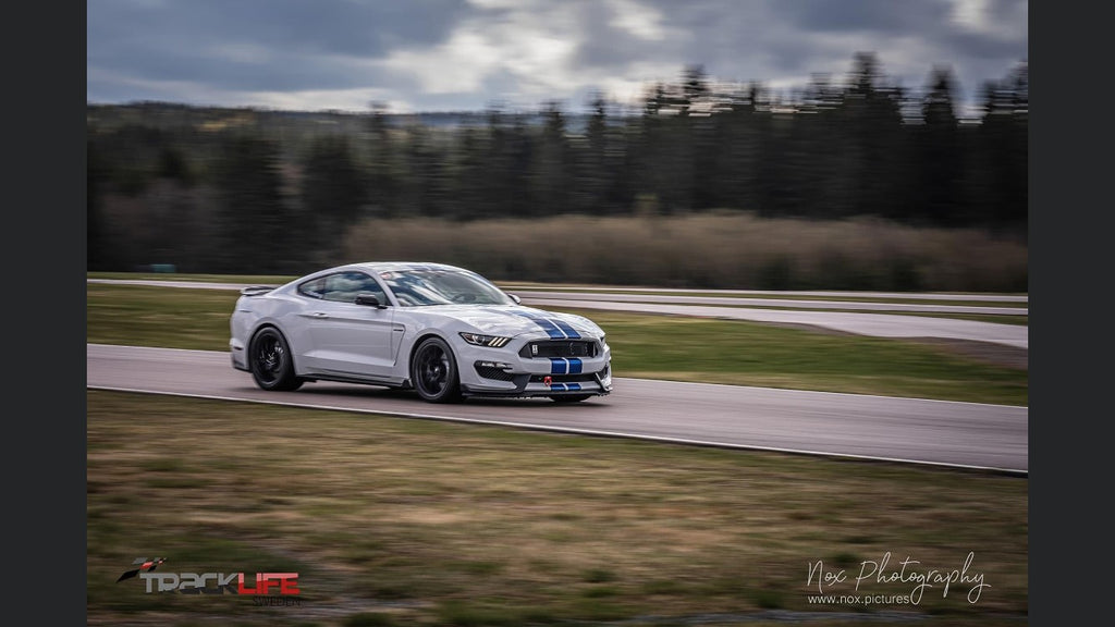 Fredrik GT350 Steeda equipped on track