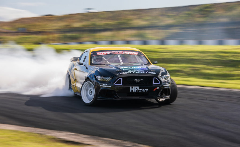 Steeda Custom Auto Fabrications Drift Mustang GT at maximum attack