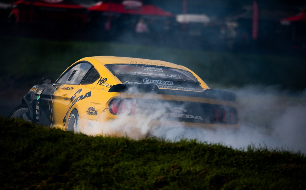 Steeda Drift Mustang UK puts down the power and lays smoke due to Steeda upgrades