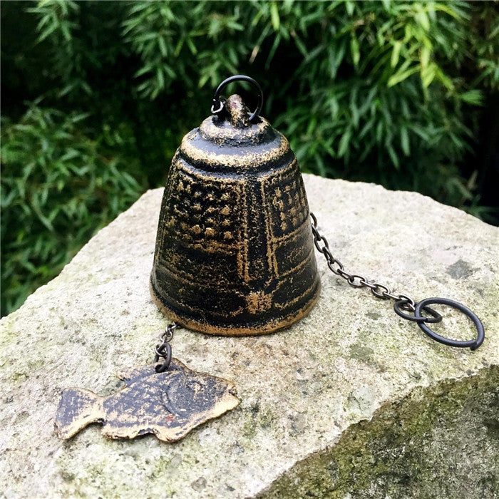 4 Japanese Style Cast Iron Wind Chime Temple Bell with Fish Home Garden Courtyard Decor Hanging Windchimes Bell Vintage Bronze