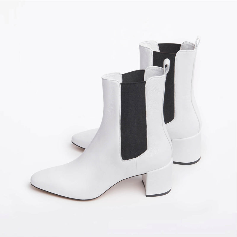 Meg Chelsea boot white