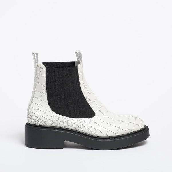 Sandra ankle boot white printed