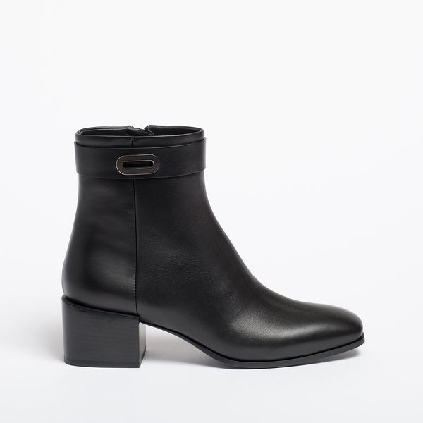 Greta Ankle boot black