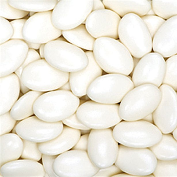 Ivory Sugared Almonds Box of 250