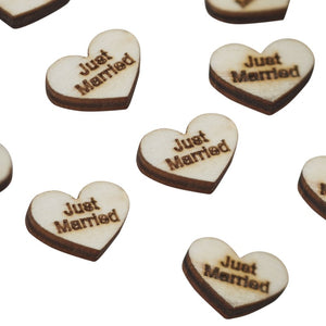 "Ginger Ray Heart Wood Confetti ""JUST MARRIED"""