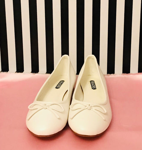 Shades Ivory Bridal flat Pumps
