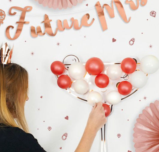 Pop Fizz Clink Balloon Game