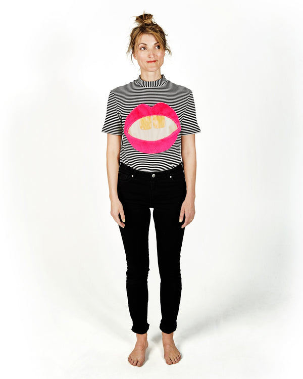 Lipstick Luna Woman T-shirt