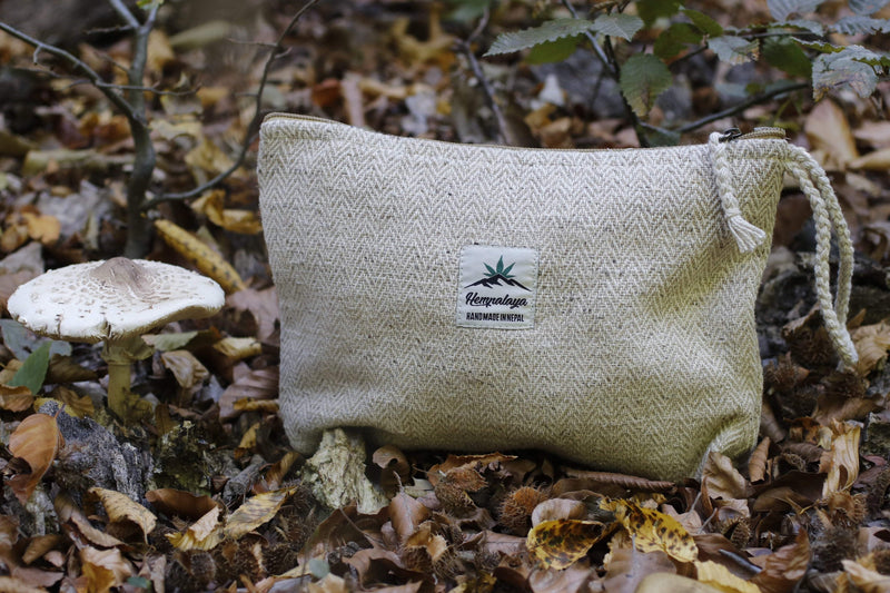 Hemp cosmetic bag, toiletry bag, make up bag, natural - Hempalaya
