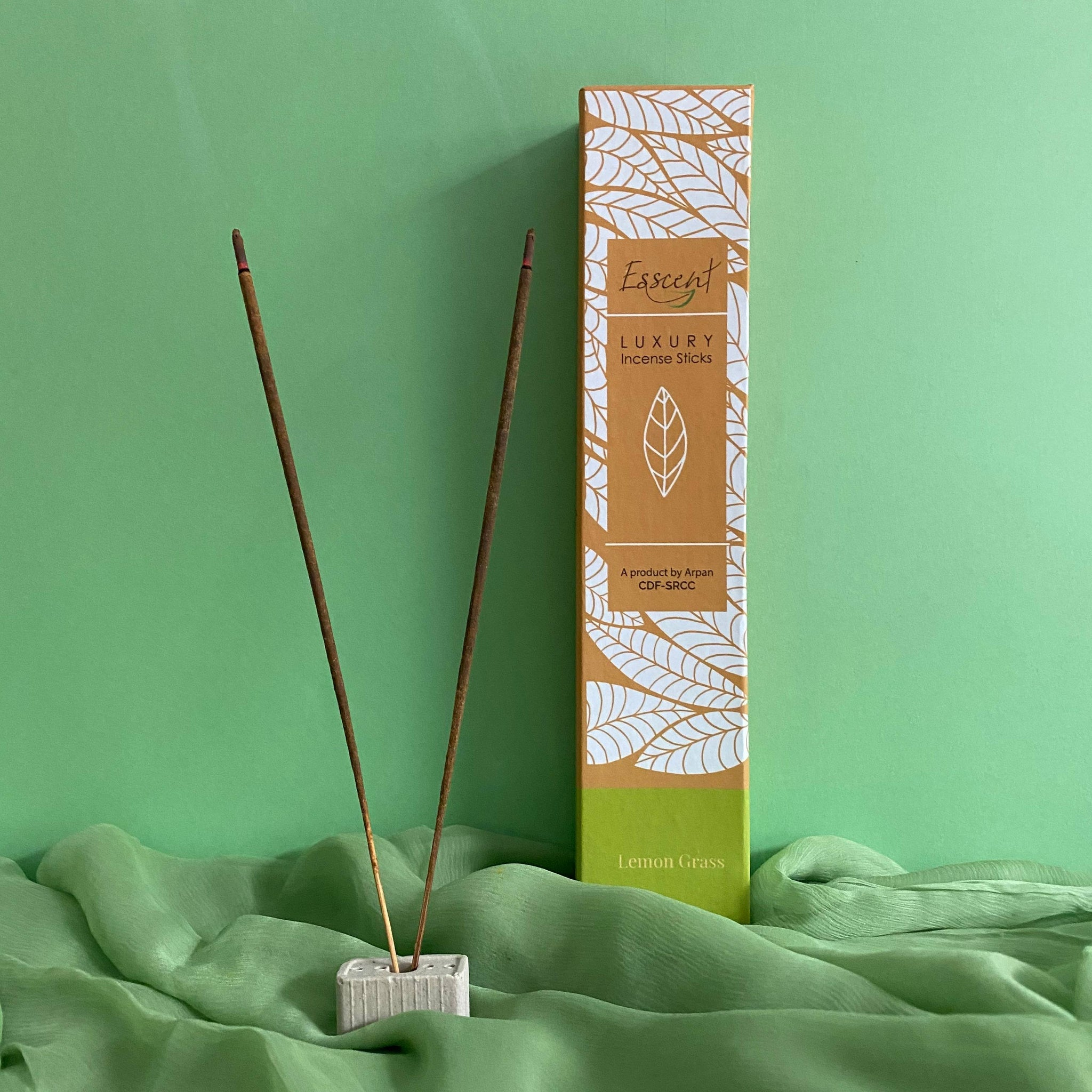 Esscent- Lemongrass Premium Flower-based Incense Sticks