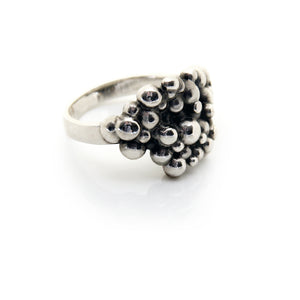 statement fingerring