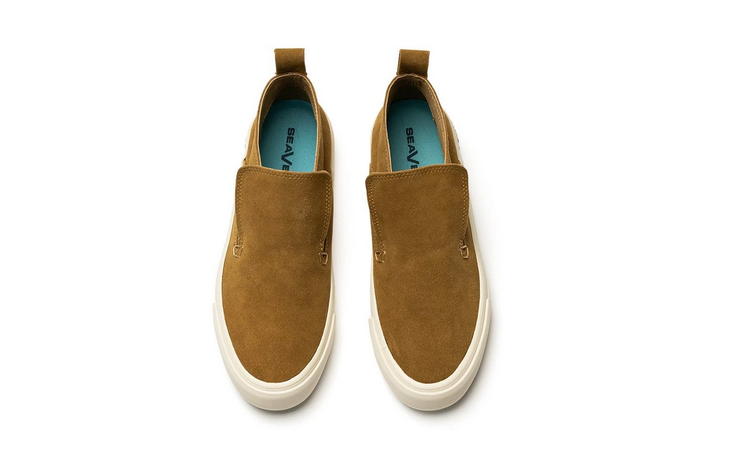 The Huntington Middie in Camel Suede by Seavees.