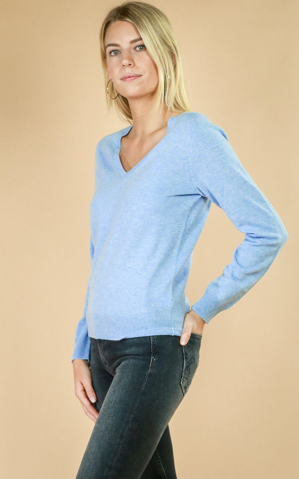 Cashmere V-Neck - Whiskey & Leather