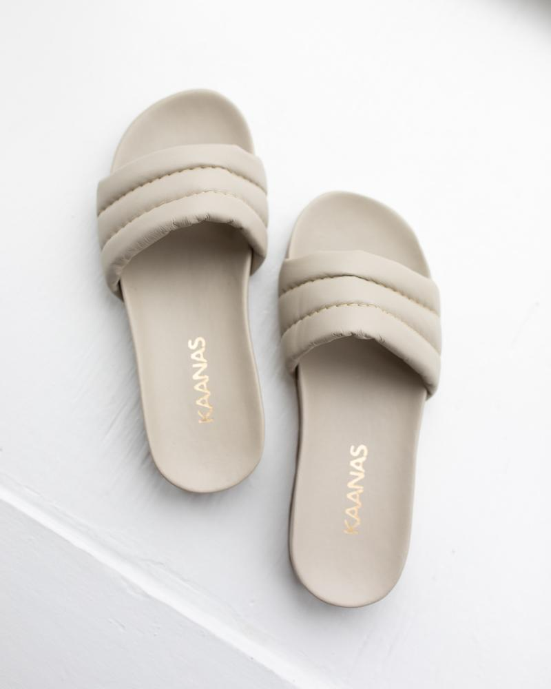 Timor Chunky Pool Slides Off White