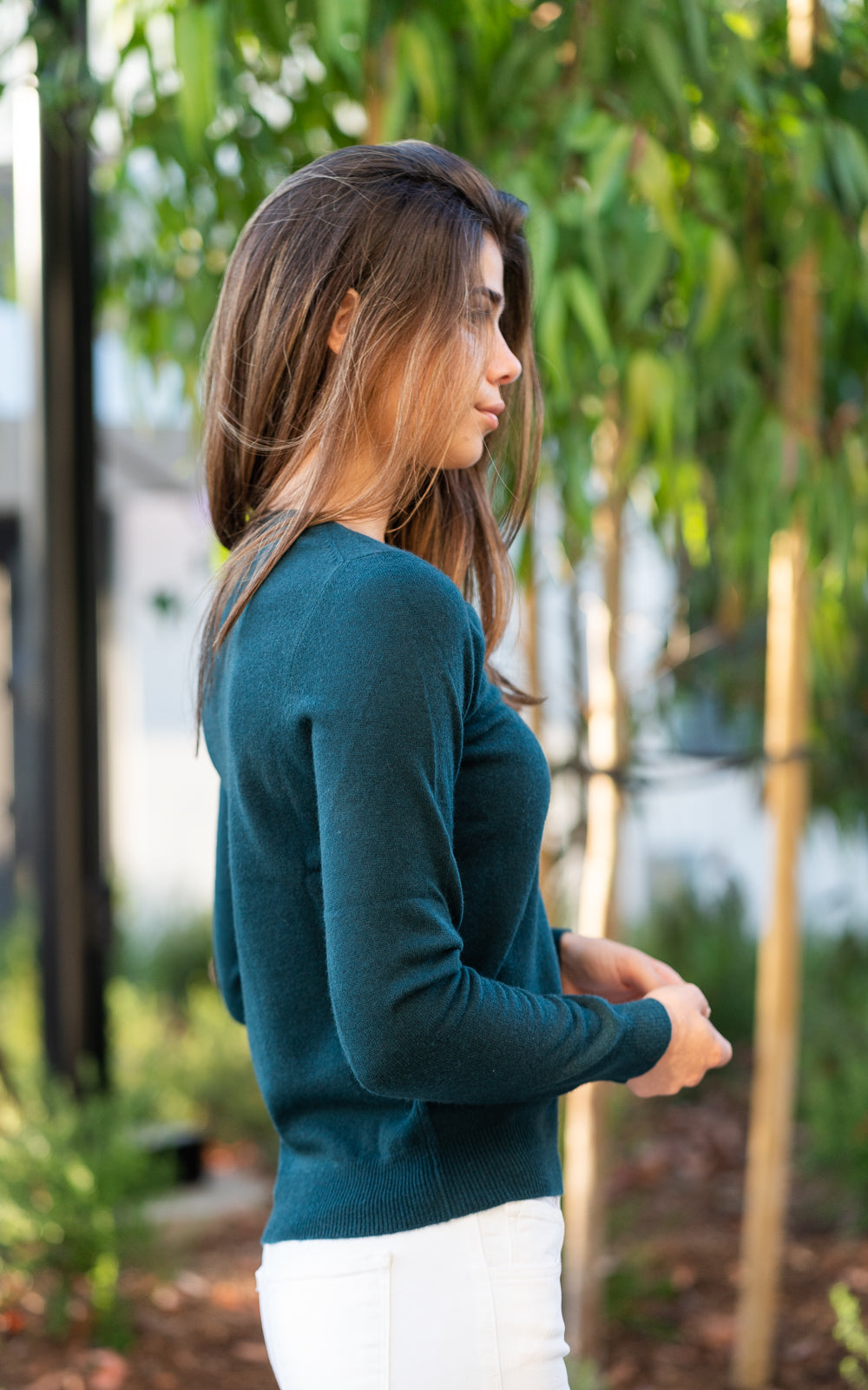 Algae Cashmere V Neck