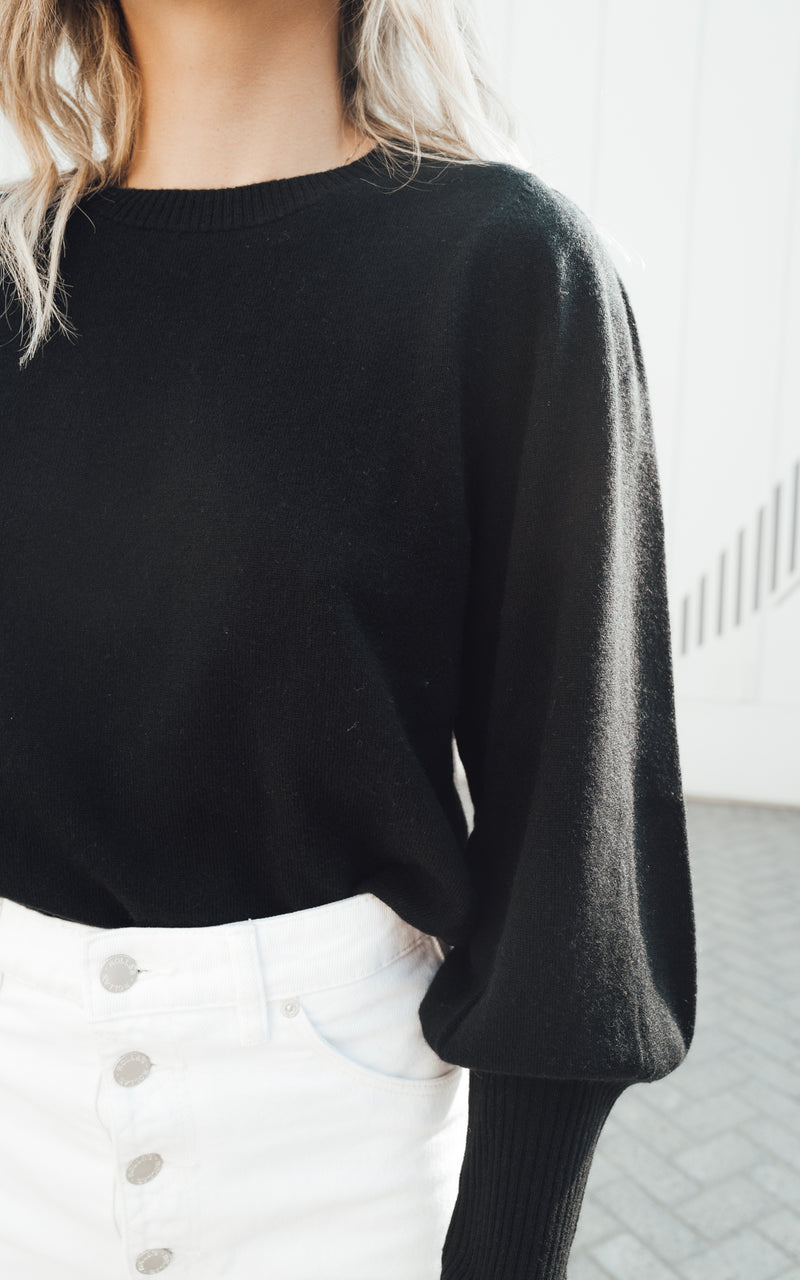 Cropped Sweater Jump Sleeves