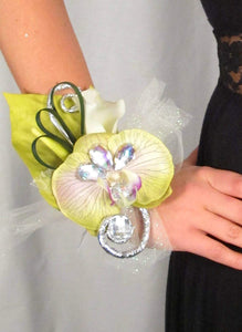 Green Flower Prom Wrist Corsage and Boutonniere Set
