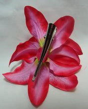 Load image into Gallery viewer, Pink and Red Lily Flower Hair Clip