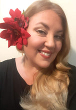 Load image into Gallery viewer, Poinsettia Flower Hair Clip