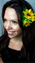 Load image into Gallery viewer, Quality Sunflower Hair Clip