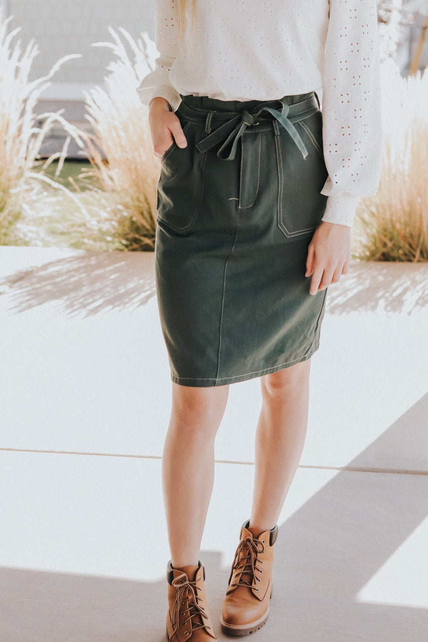 Debbie skirt in Hunter Green