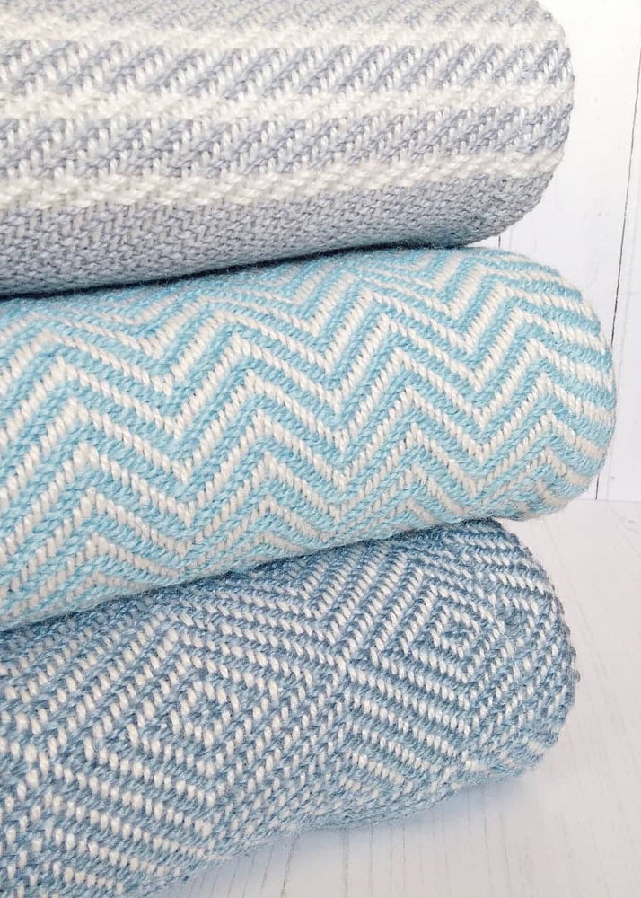 Cushions, Blankets & Throws