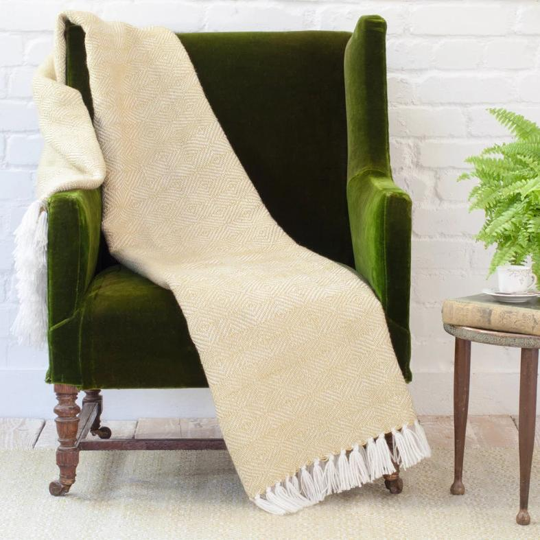 WEAVER GREEN GOOSEBERRY DIAMOND BLANKET