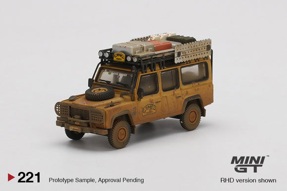 * PRE ORDER * MINI GT #221 1/64 LAND ROVER DEFENDER 110 1989 CAMEL.TROPHY WINNER TEAM UK DIRTY VERSION - RHD