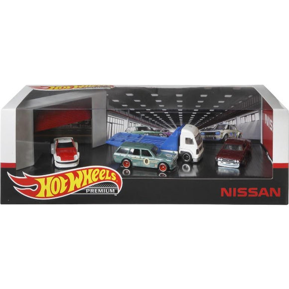 HOT WHEELS NISSAN GARAGE SET