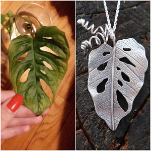 Monstera Adansonii Necklace