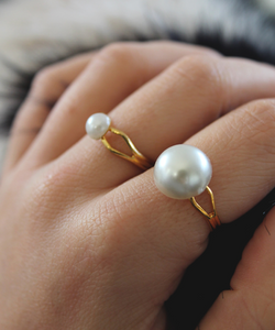 Faux Pearl Cabochon Golden Ring