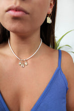 Load image into Gallery viewer, Shells on Suade Choker - Gold/Silver