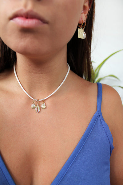 Shells on Suade Choker - Gold/Silver