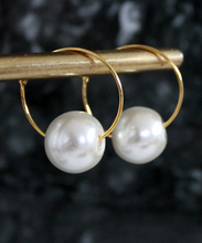 Load image into Gallery viewer, Single Faux Pearl Hoops - Gold/Silver