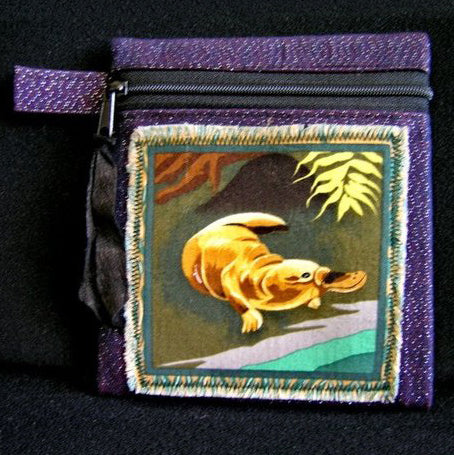 Australian Souvenir Native Animal Playtapus Zip Pouch Coin Purse Wallet Organizer