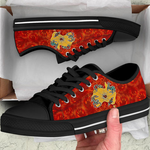 1stAustralia Low Top Shoes - Australia Map Hand Patterns Spider Web