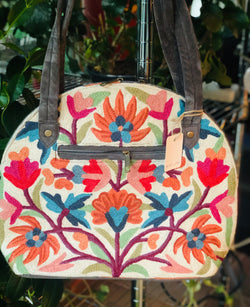 Chain Stitch Flower Embroidered Shoulder Handbag