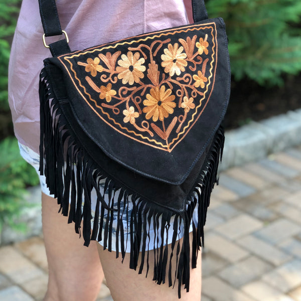 Sweetheart Fringe/ Tassle Embroidered Crossbody Handbag Suede (H7)
