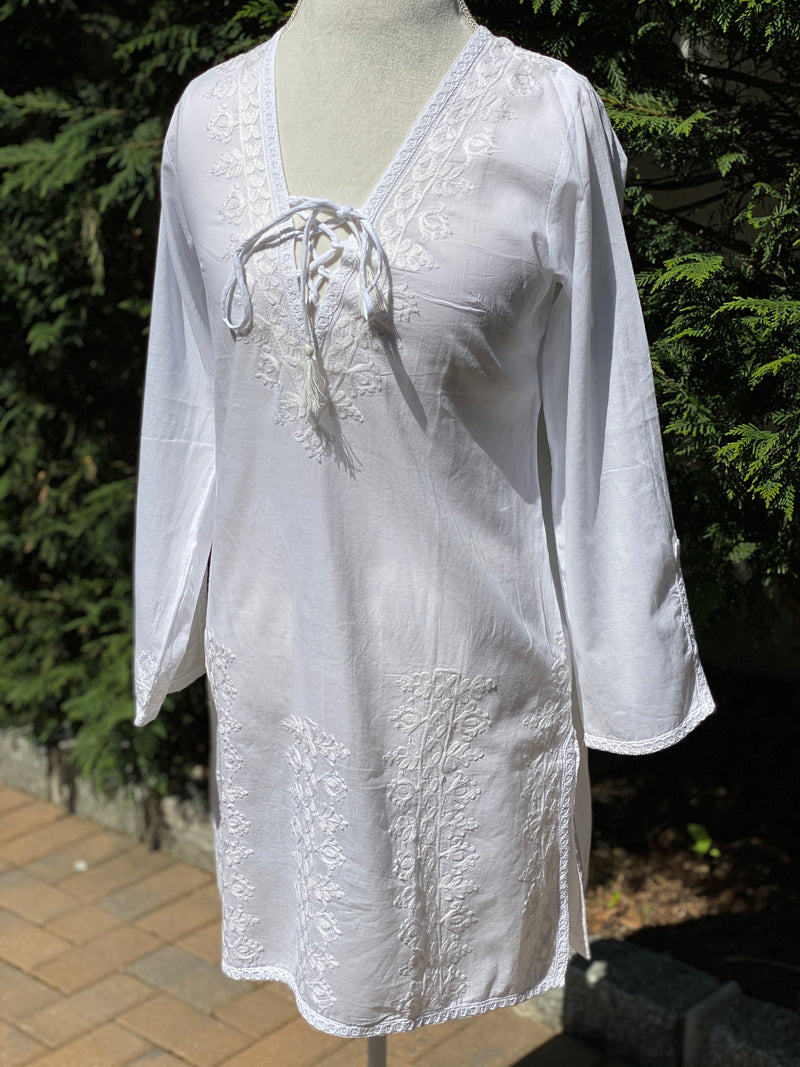 Whisper White Boho Chic White Embroidered Tunic Cover up Dress with Neckline Tassel US Size S/M (6-8)