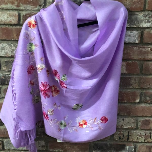 SP.10 Lavender Light Weight Semi Pashmina Stole