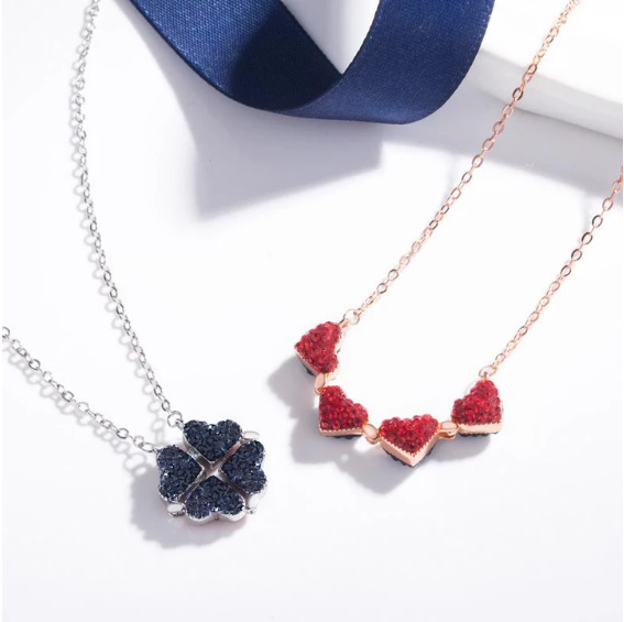 Good Luck Folding Pendant | Four Leaf Clover Necklace
