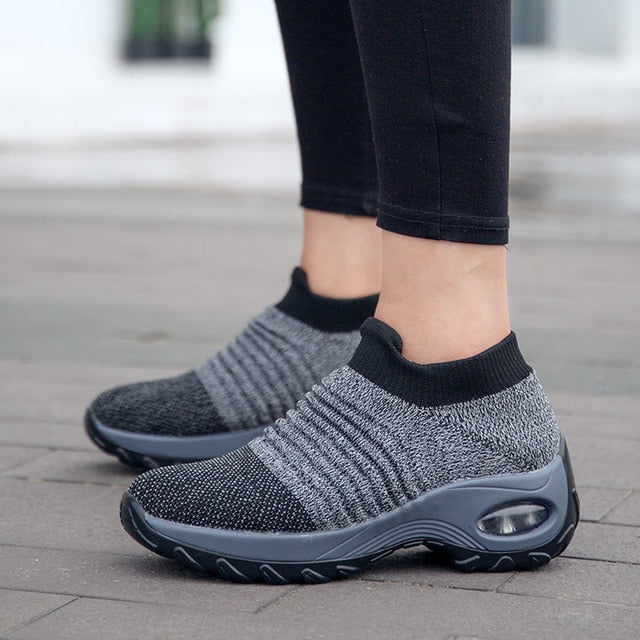 Super Soft Height Increase Walking Shoes - thara.
