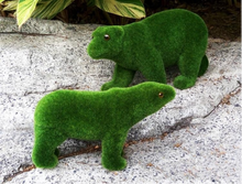 Load image into Gallery viewer, Moss Flocking Garden Animals